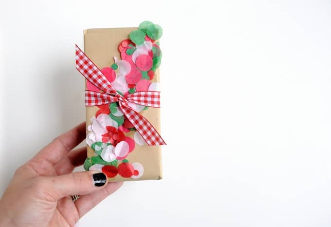 10 Super Easy Holiday Gift Wrapping Ideas For Christmas