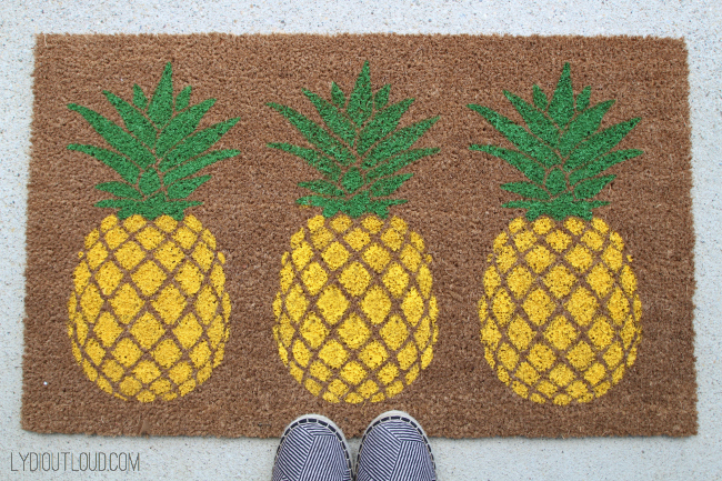 16 DIY Doormats That Will Step Up Your Home Style