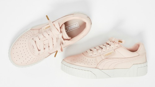 9 Best Retro Sneakers for Women: The
